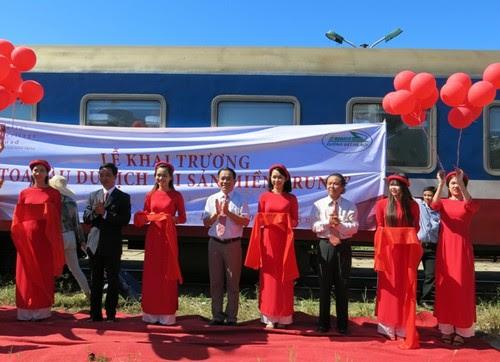 Du lịch Huế - Đà Nẵng - Hội An bằng tàu hỏa