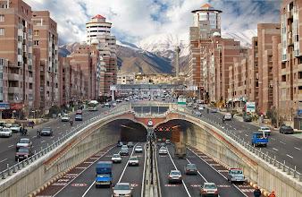Photo: Teheráni főút, Forgalom Teheránban, Teherán, Tehran