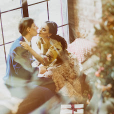 Wedding photographer Yuliya Voroncova (RedLight). Photo of 11.11.2017