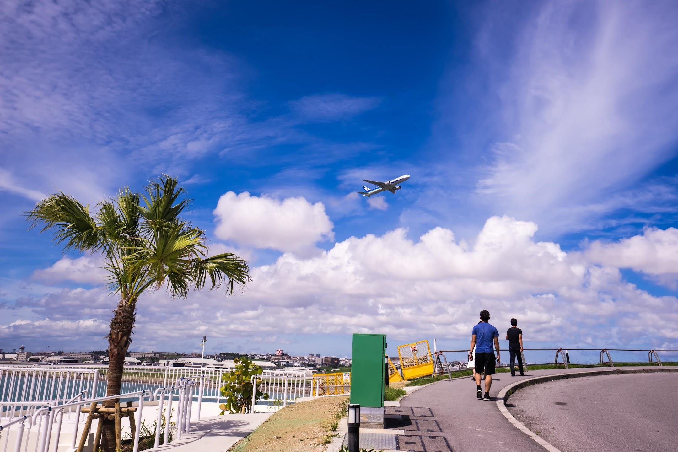 沖縄 瀬長島 飛行機1