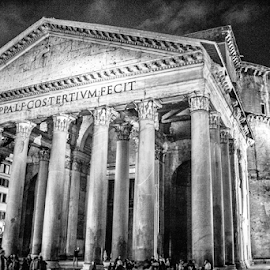HDR Pantheon by Ed Stephens - Buildings & Architecture Architectural Detail ( b&w, hdr, rome, italy, pantheon,  )