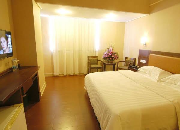 Guangzhou He Yuan Hotel
