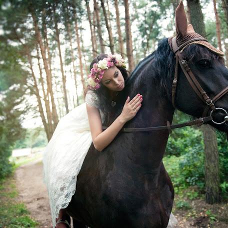 Wedding photographer Robert Kaniewski (4moments). Photo of 26.02.2016