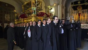 Imagen de archivo de una de las últimas salidas procesionales del Santo Sepulcro.