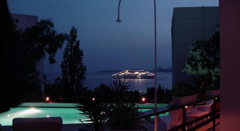 Beyaz Hotel