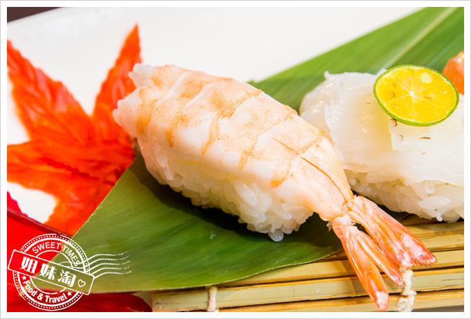 碳鰭日式家庭料理鮮蝦握壽司