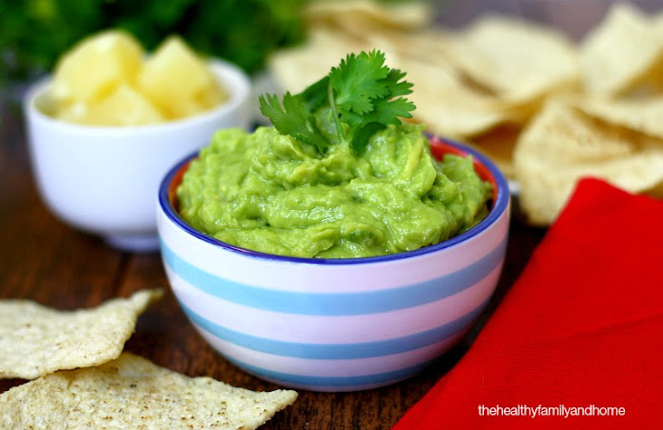 Clean Eating Pineapple Guacamole (Raw, Vegan, Gluten-Free, Dairy-Free, Paleo-Friendly) Recipe