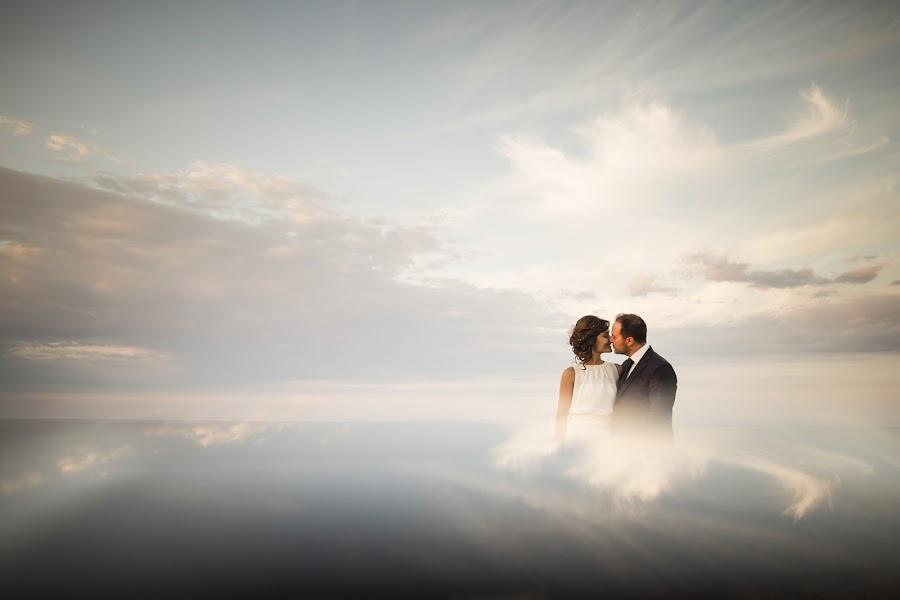 Wedding photographer Leonardo Scarriglia (leonardoscarrig). Photo of 28.07.2017