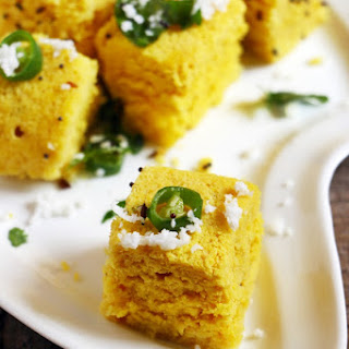 Khaman Dhokla Recipe, How To Make Dhokla