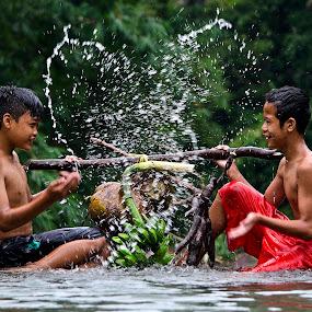 Love water by Lim Darmawan - Babies & Children Child Portraits