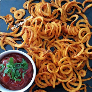 Curly Sweet Potato Fries Recipe – Copycat Arby's Using the Paderno Spiralizer.