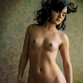 dangerous curves by James Wayne - Nudes & Boudoir Boudoir ( studio, art nude, nude, vintage, boudoir, modeling, art, 2016, bodysculpture, atristic nude, bedroom )