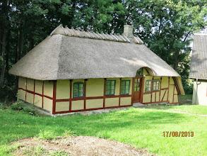 Photo: På arbejdsdagen 17. august 2013 blev der malet, og sådan ser Kildehuset ud i dag!