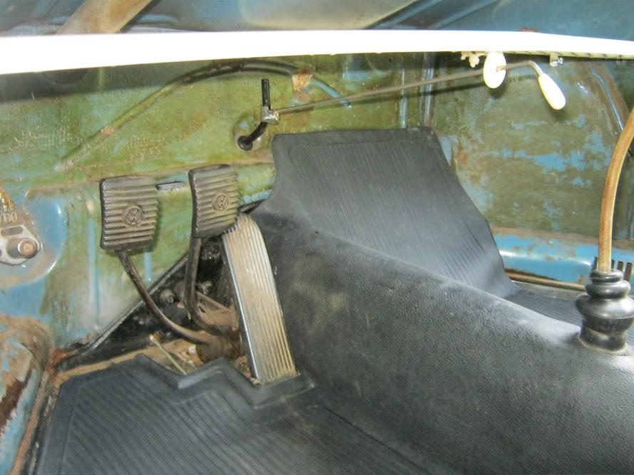 1961 Gulf Blue Ragtop  5zL8MfouS5PTfeEWWLC2fVTBZDM29BppS6aTVdPJXrU=w890-h667-no