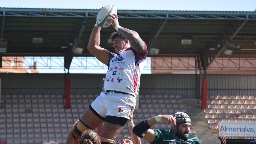 Primera defensa de liderato en la corta historia de Unión Rugby Almería Playcar.