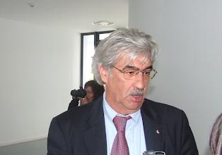 Photo: Pereira da Silva, presidente do Conselho Geral da Escola Secundária Rafael Bordalo Pinheiro