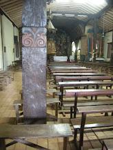 Photo: 近郊の町カピアタの教会。 パラグアイでかなり古い教会のひとつだそう。 木が多く使われています。 豪華ではありませんが歴史を感じます。