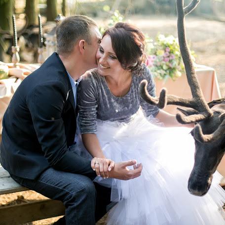 Wedding photographer Anna Polukhina (Loveinfoto). Photo of 21.08.2017