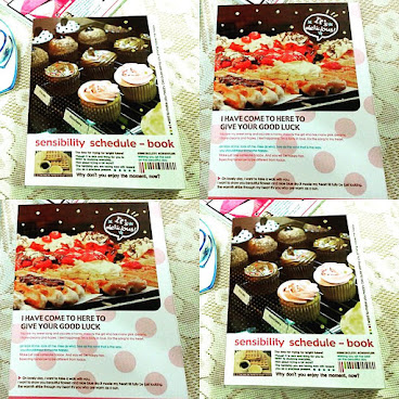 Cupcake / pizza cover Schedule Book / Planner