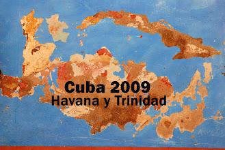 Photo: The peeling paintwork of La Habana reveals some interesting shapes.
