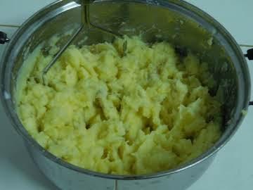Mashed Potatoes (Pressure Cooker)
