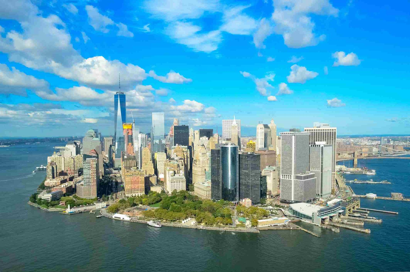 https://img.ianstravels.com/img/united-states/the-top-12-things-to-do-in-battery-park-city-7.jpg