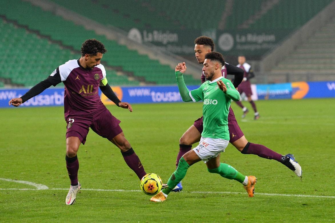 Paris S.Germain đã bị Saint-Etienne cầm hòa 1-1 ở trận lượt đi trên sân đối thủ