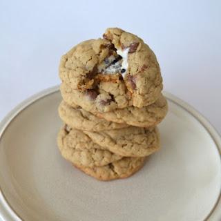 Cookies n' Creme Stuffed Oatmeal Cookies