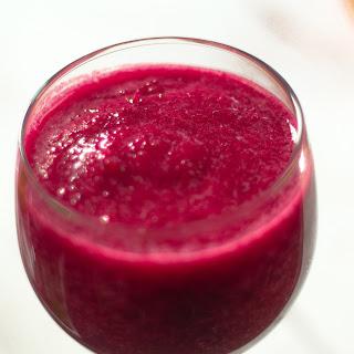 Vegan Beet Apple Berry Smoothie.