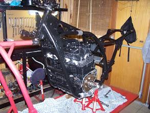 Photo: Montage du moteur dans la cadre
