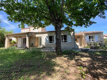villa à Gréoux-les-Bains (04)