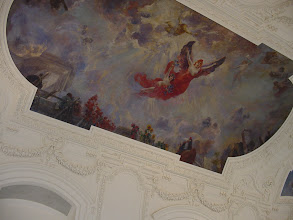 Photo: Viewing the frescoed ceilings is made easier by the lawn chairs set up throughout the museum for this night only.
