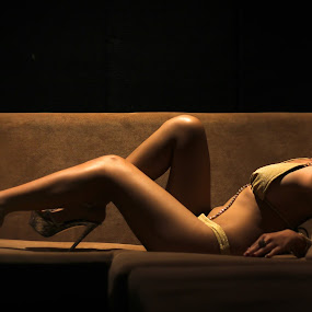 by Andrie Fery - Nudes & Boudoir Artistic Nude