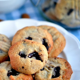 Almond, Cardamom & Chocolate Chunk Cookies Recipe