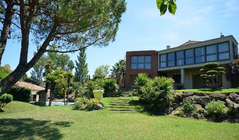 Villa avec piscine et jardin Cazilhac