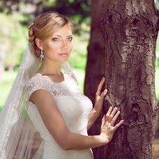 Wedding photographer Nika Nikitina (nikaFOTO). Photo of 05.06.2014
