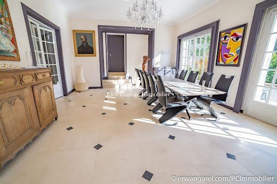 Vente manoir 16 pièces 930 m2