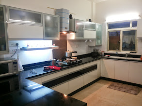 Photo: BLACK AND WHITE KITCHEN DONE AT JESSI JAYSINGS HOUSE FIVE GARDEN WAKAD ROAD