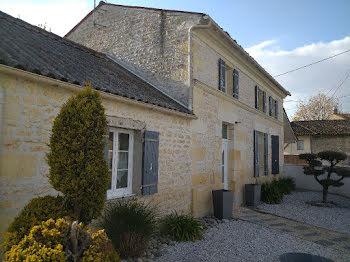 maison à Gémozac (17)