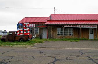 Photo: Gdzie znajdujemy kolejny opuszczony bar.