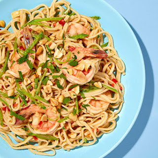 Udon Noodles with Shrimp, Snow Peas, and Peanuts