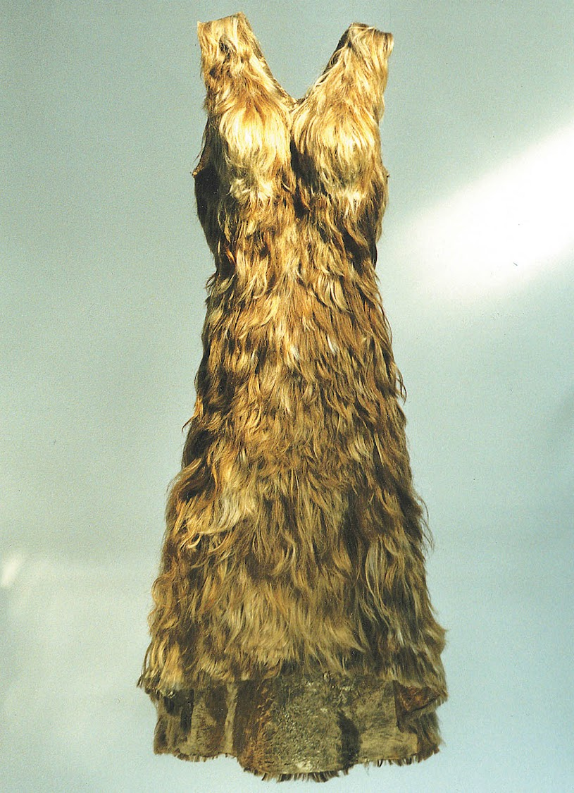 Jenni Dutton, Human Hair Dress from Emma Tarlo's exhibition: Hair! Human Stories.