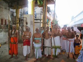 Photo: Outside mAmunigaL temple