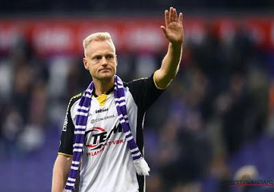 Olivier Deschacht mag nog één keer het plunje van Anderlecht aantrekken