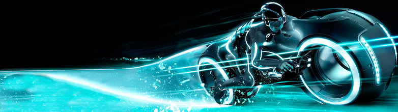 Photo: Dual-Monitor Wallpaper of the Day  Tron: Legacy  The album: https://plus.google.com/photos/113858797523322684974/albums/5894547191044530097  The images are all at least 3840x1080. They are and will be mostly #scifi and #fantasy related.  #desktopwallpapers #dualmonitor #tron