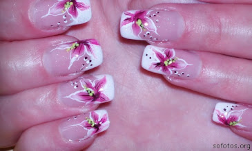 Photo: http://artesanatobrasil.net/45-modelos-de-unhas-decoradas-para-o-dia-dos-namorados/