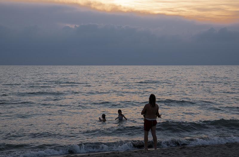 Bagno al tramonto d'Agosto di frapio59