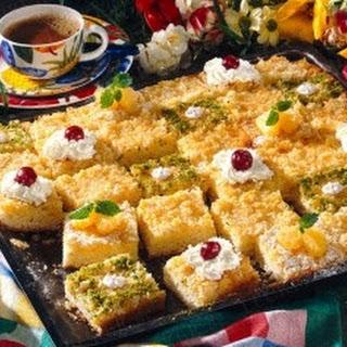 Ananas-Kuchen mit Kokos-Kruste