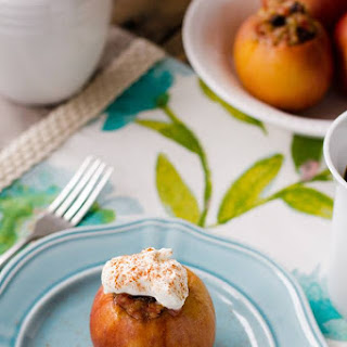 Savory Baked Breakfast Apples