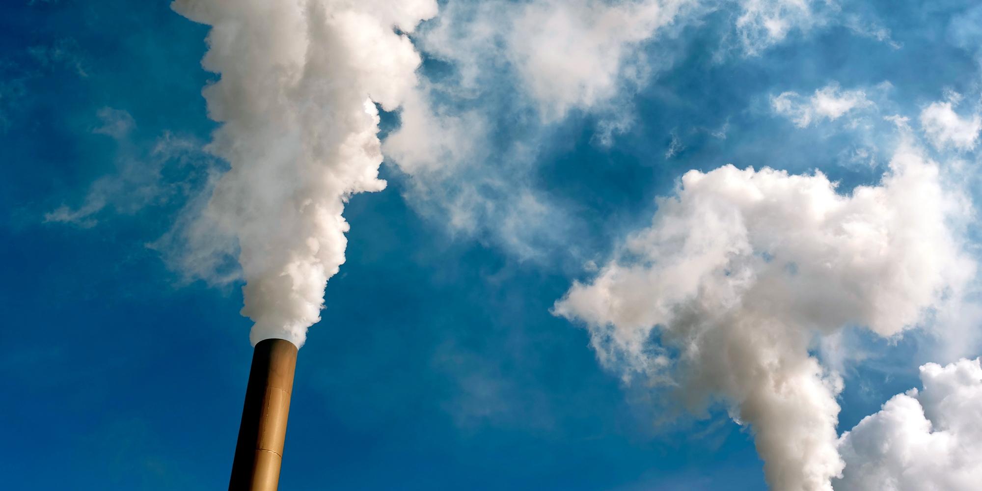 CO2 in atmosfera senza precedenti, clima in pericolo.